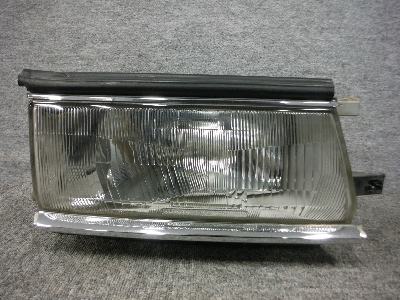 ST160・カリーナED/右ヘッドライト