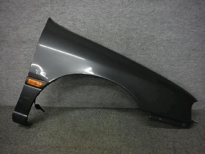 P10・プリメーラ/純正・右フロントフェンダー