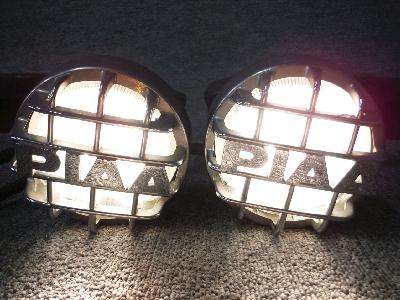 デリカ・スペースギア/純正フロントバンパー・4灯用のフォグランプ/左右セット(クリアレンズのみ)