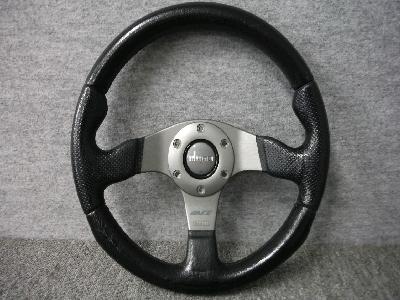 MOMO・RACE/32φ・32cm/ステアリング