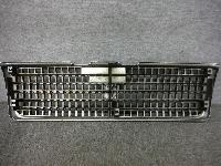 Y31・セドリック/純正・フロントグリル