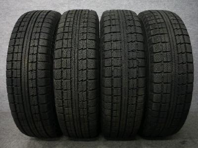 トーヨー・トランパス/15インチ・スタッドレスタイヤ/4本セット