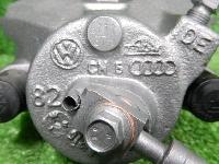 フォルクスワーゲン/9C系/ニュービートル/純正/フロント右/ブレーキキャリパー