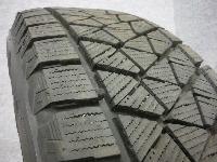 ブリヂストン・DM-V2/17インチ・スタッドレスタイヤ/4本セット