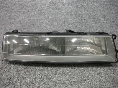 Z20・ソアラ/純正・右ヘッドライト