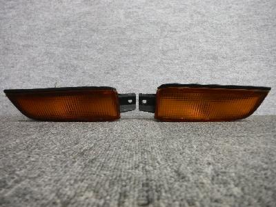 GX81・チェイサー/純正フロントターンシグナル/フロントバンパー用・左右セット