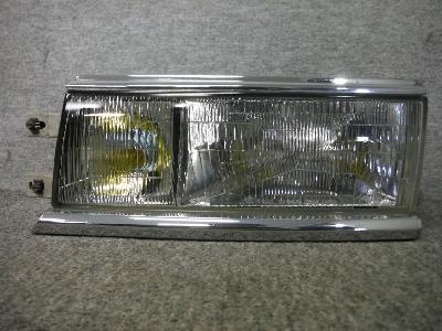 C33・ローレル/純正・左ヘッドライト