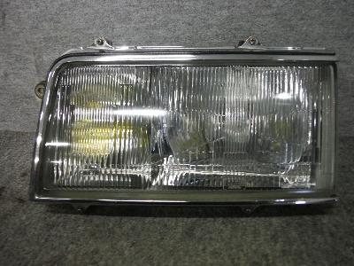 S12A・デボネア/左・ヘッドライト